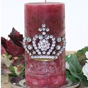 Other - Sparkly Crown Candle Pin